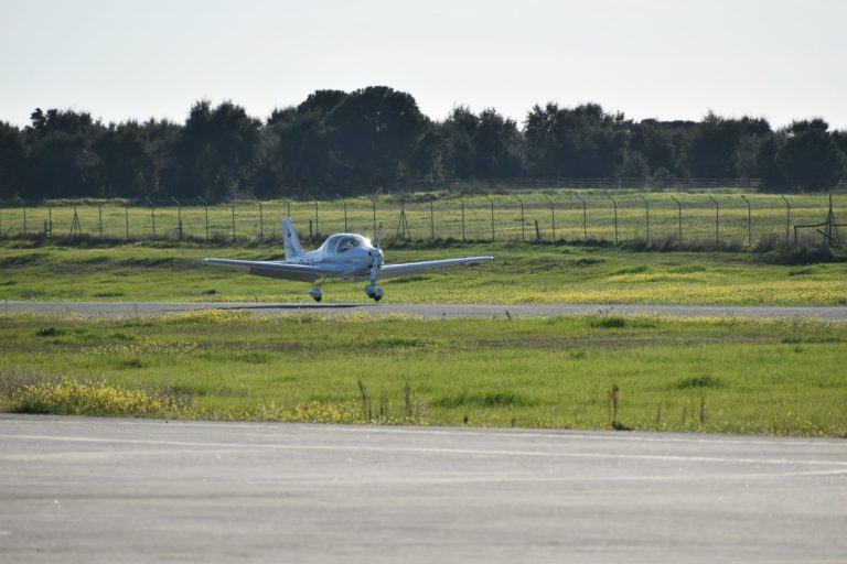 Escola de aviação